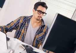 How a Graphic Designer Can Help Your Business